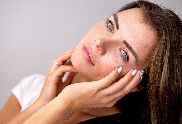 化妆品关键词投放