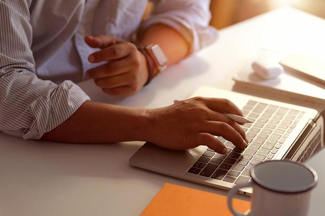 查看优化公司本身网站排名